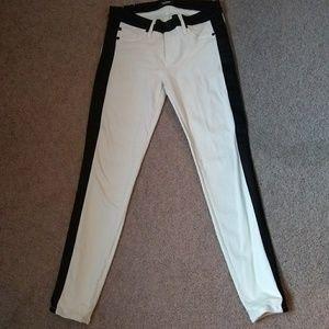 Hudson leeloo super skinny crop stripped jeans